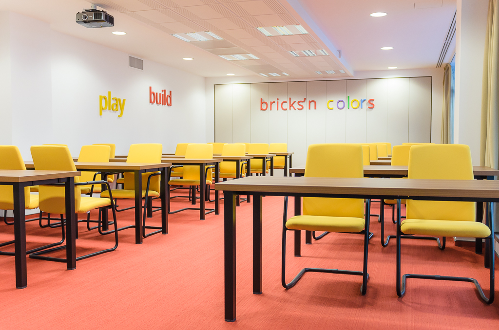 Fortech new office - Brick`s and colors training room