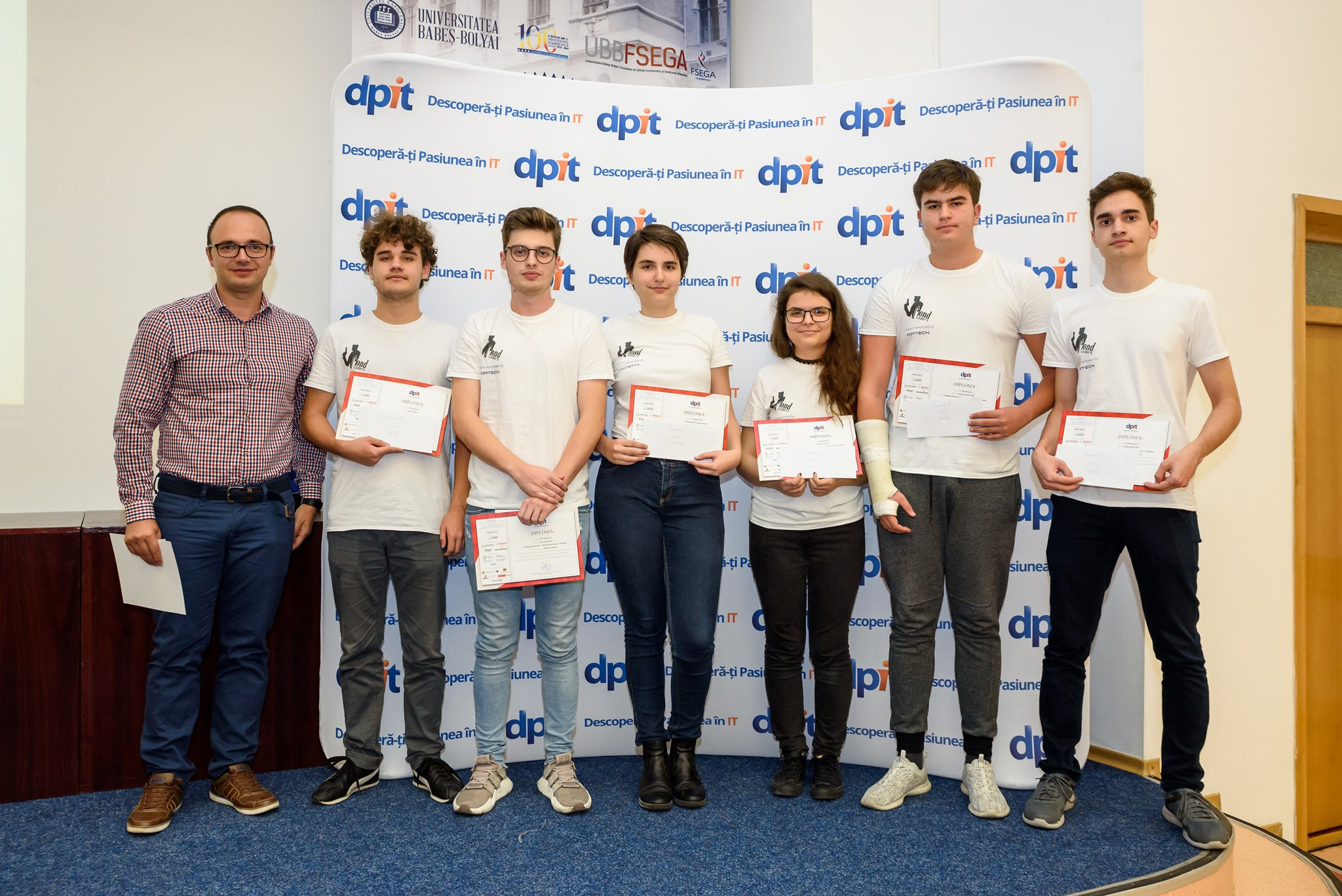 Bond Coders Team, 3rd prize, DPIT Academy Contest